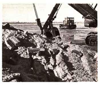 Электронная энциклопедия *Земля* 1970-5.jpg