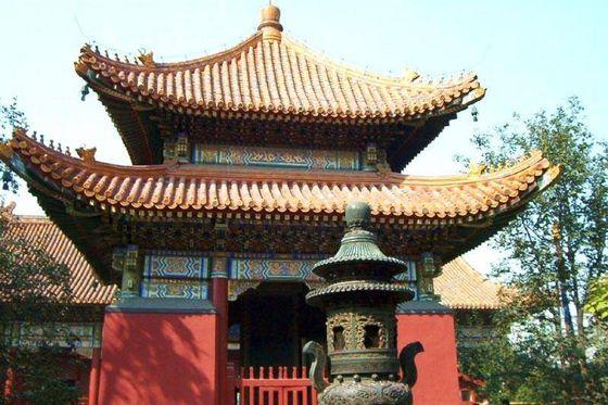 Китай Пекин: Ламаистский храм Юнхэгун