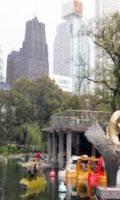 Китай Шанхай: Увеселительный центр «Большой мир»