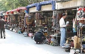 Китай Шанхай: Улица антиквариата Dongtai