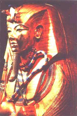 Саркофаг фараона Тутанхамона из гробницы в Фивах. Фрагмент. XIV в. до н.э. Египетский музей. Каир