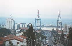Израиль. Хайфа. Вид на порт