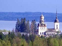 Озеро Лекшмозеро
