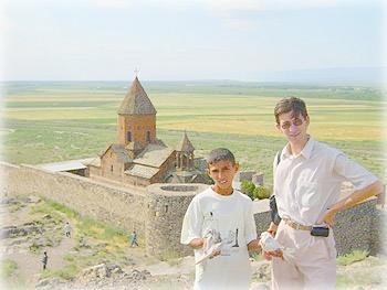 Торговец голубями в Хор-Вирап, Армения
