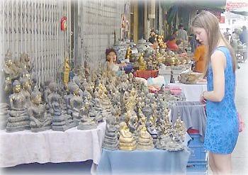 Рынок будд в Бангкоке