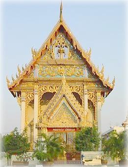 Типичный бангкокский ват